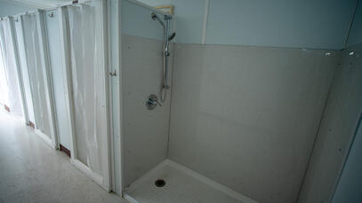 Shower room in shipping container to fight COVID-19