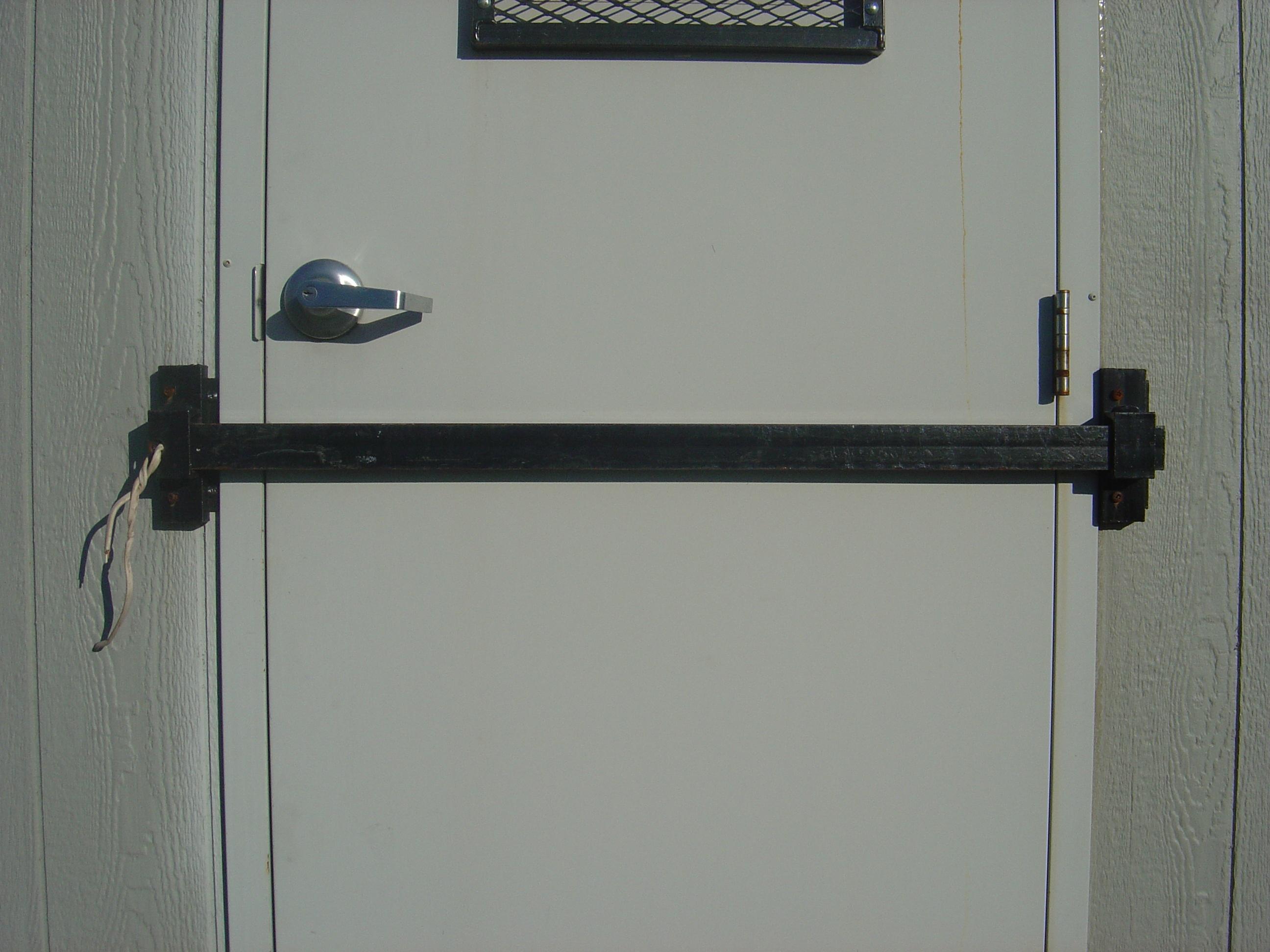 Door Bar
