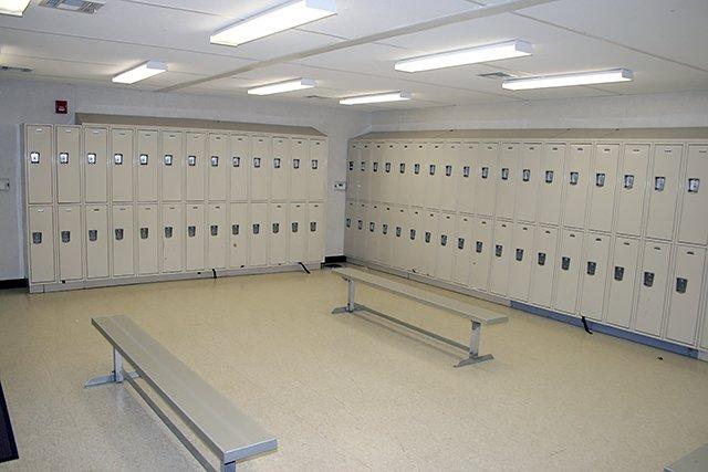 locker-room-01.jpg