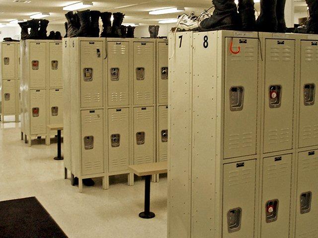 locker-room-03.jpg