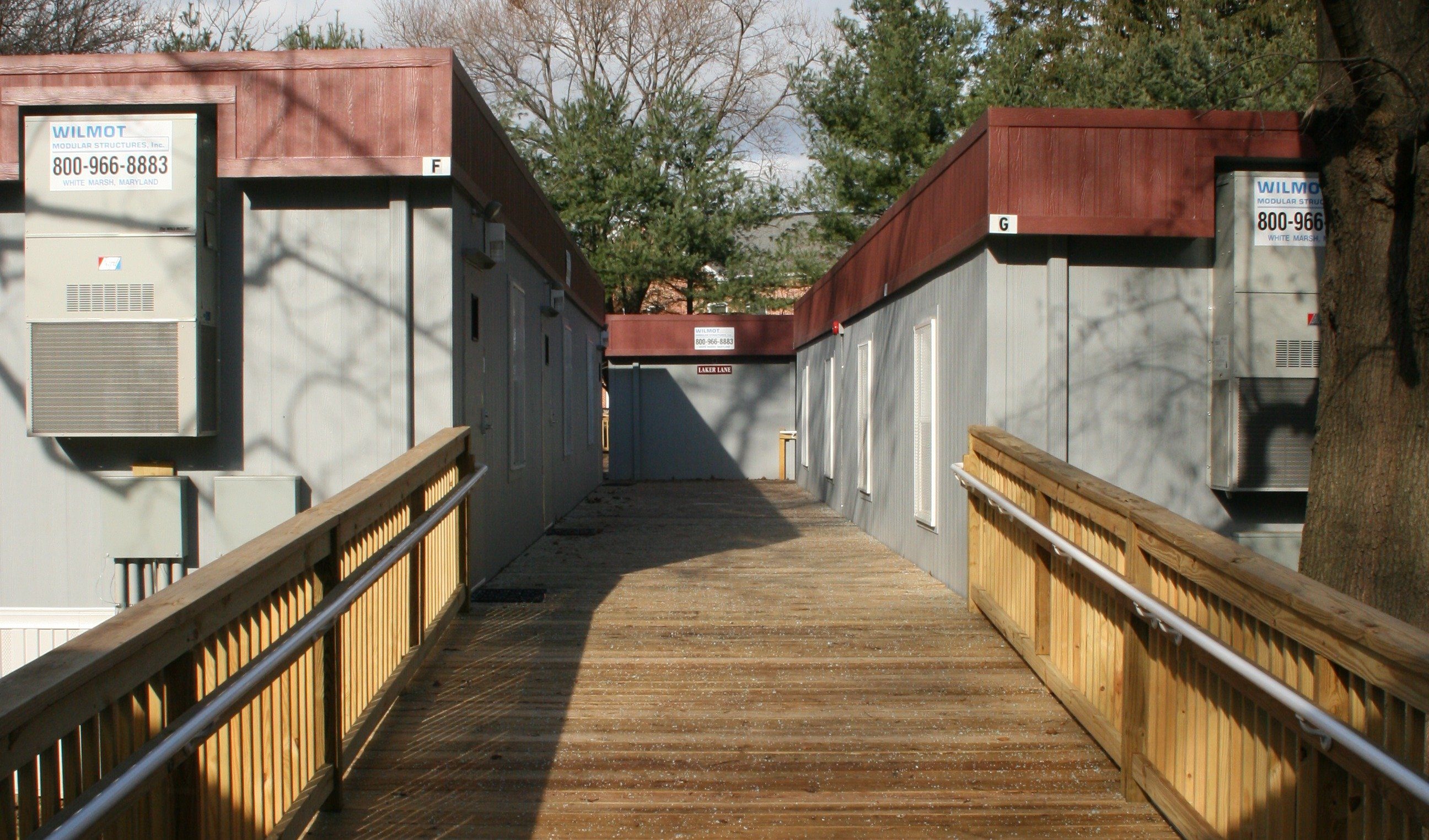 Exterior-Decks-connecting buildings-photo